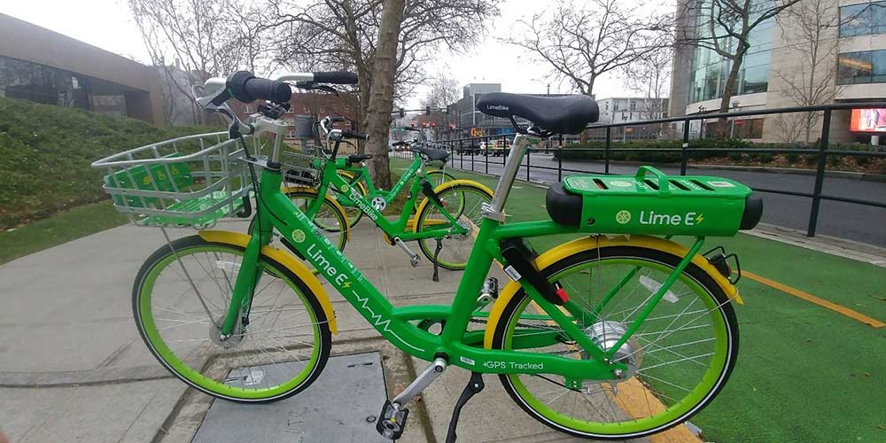 A closer look at LimeBike's cleverly named Lime E dockless ebike