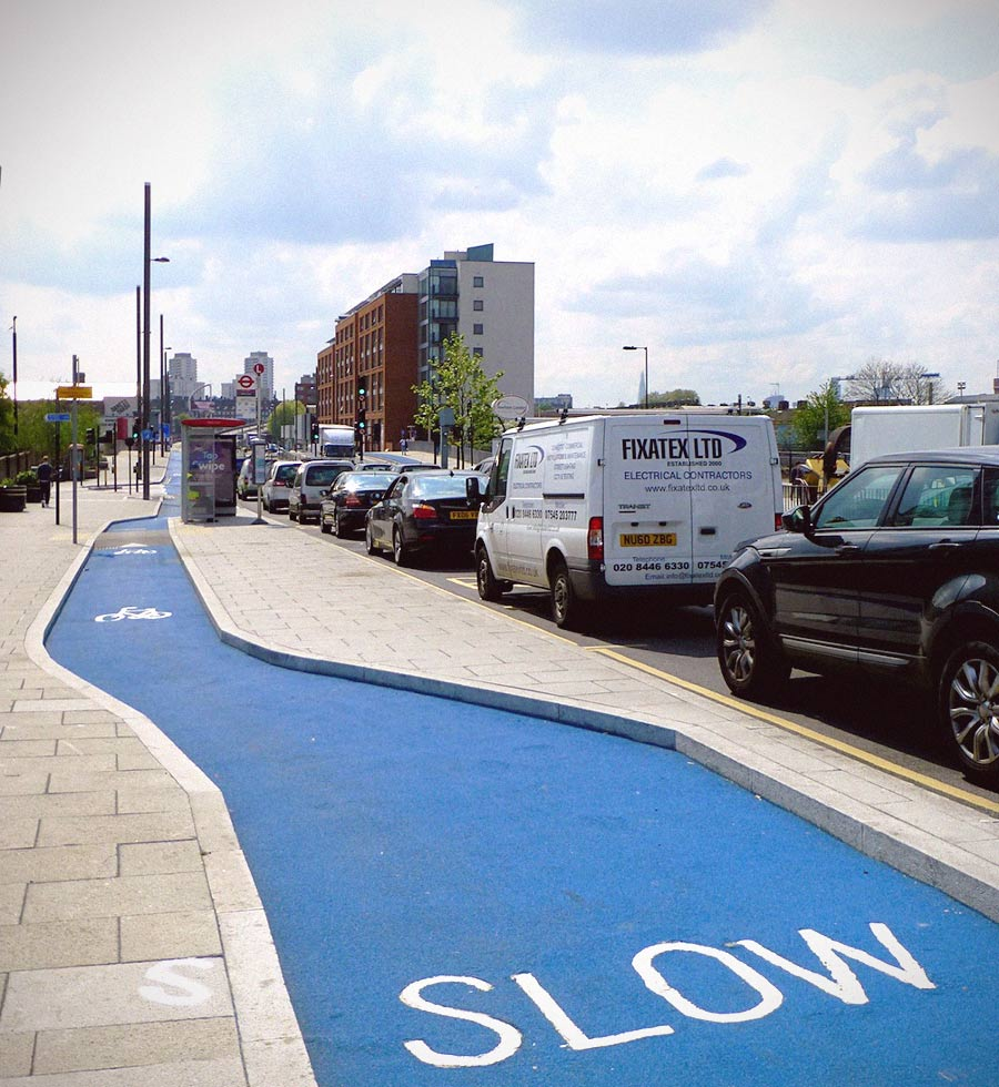 Cycle Superhighway in London. Photo courtesy of citytransportinfo, Flickr
